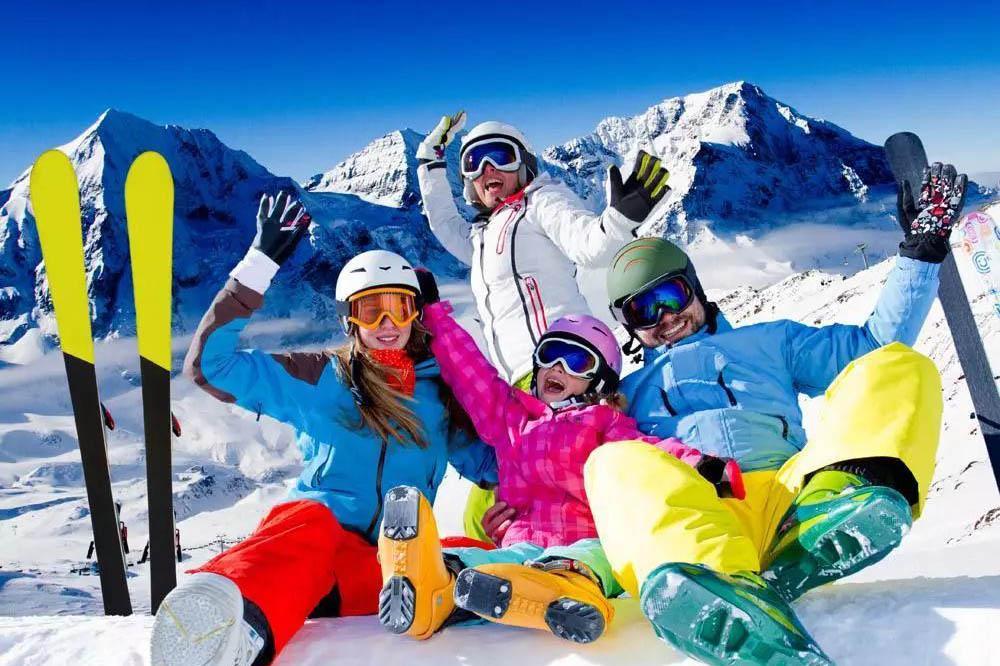 哈尔滨双飞6日游 冰雪荟萃 贵阳到哈尔滨旅游 亚布力滑雪场+童话雪乡+东方小巴黎中央大街